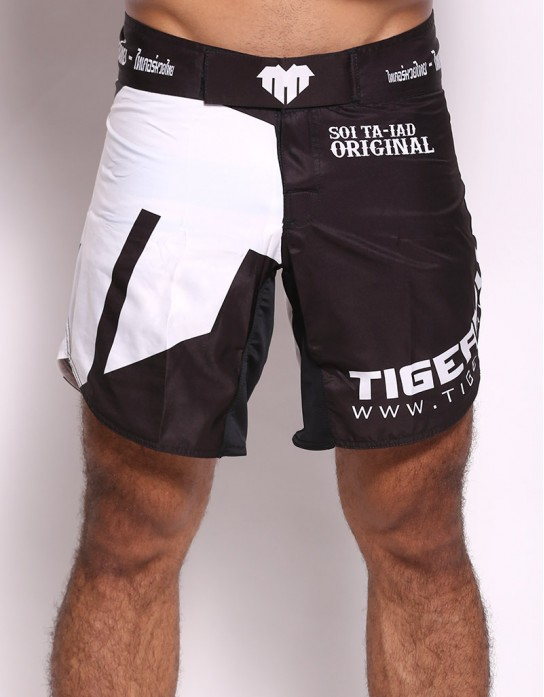 "MMA Shorts - ""TMT Emblem"" - Black & White"
